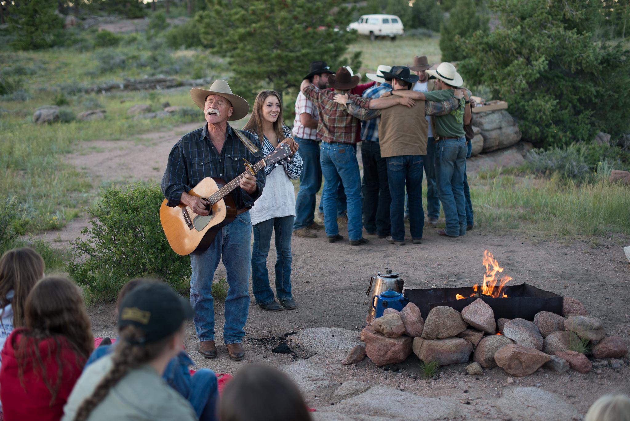 music-campfire-cherokee-park.jpg
