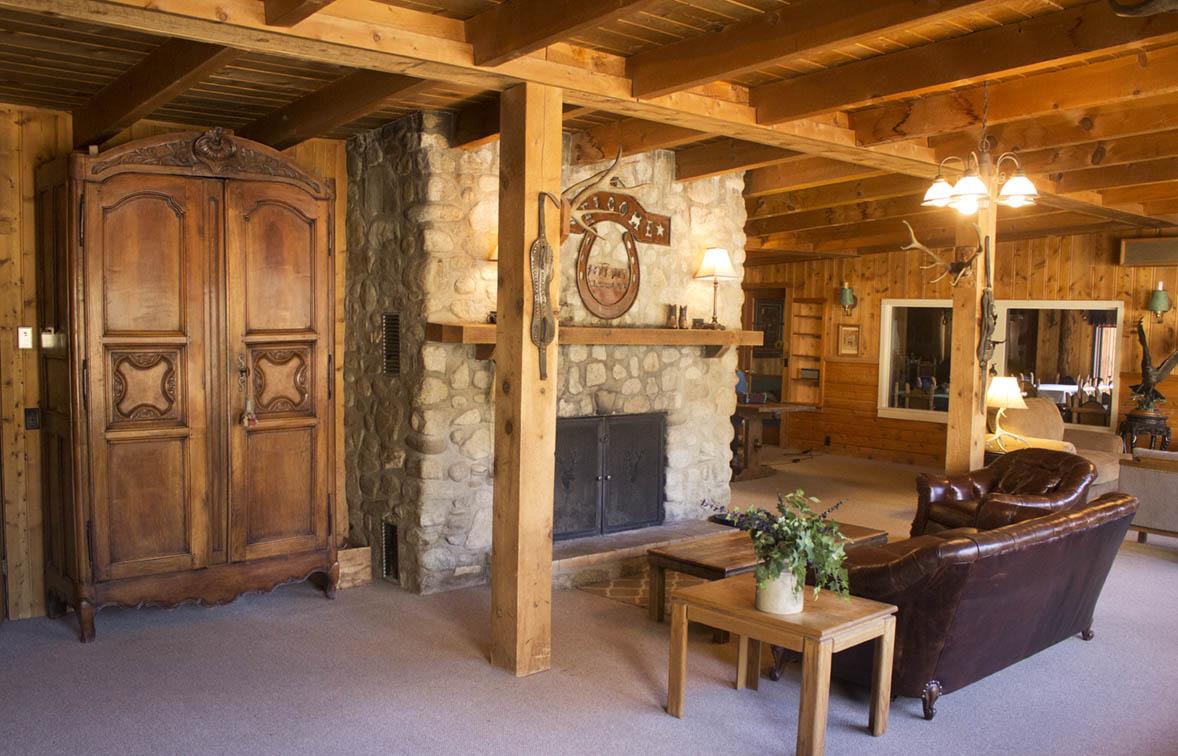 cabin-interiors-deer-valley.jpg