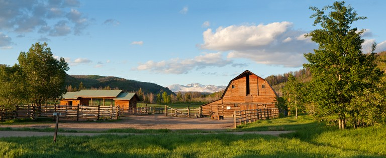 ranch-exterior-home-ranch.jpg