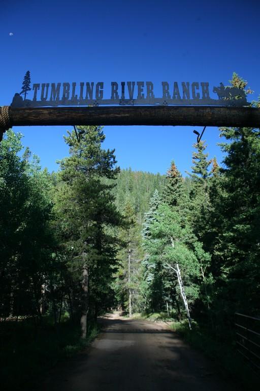 entrance-sign-tumbling-river.jpg