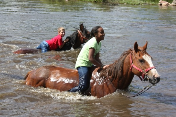 sundancetrail.com_horse-riding-water.jpg