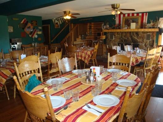 sundancetrail.com_dining-experience.jpg