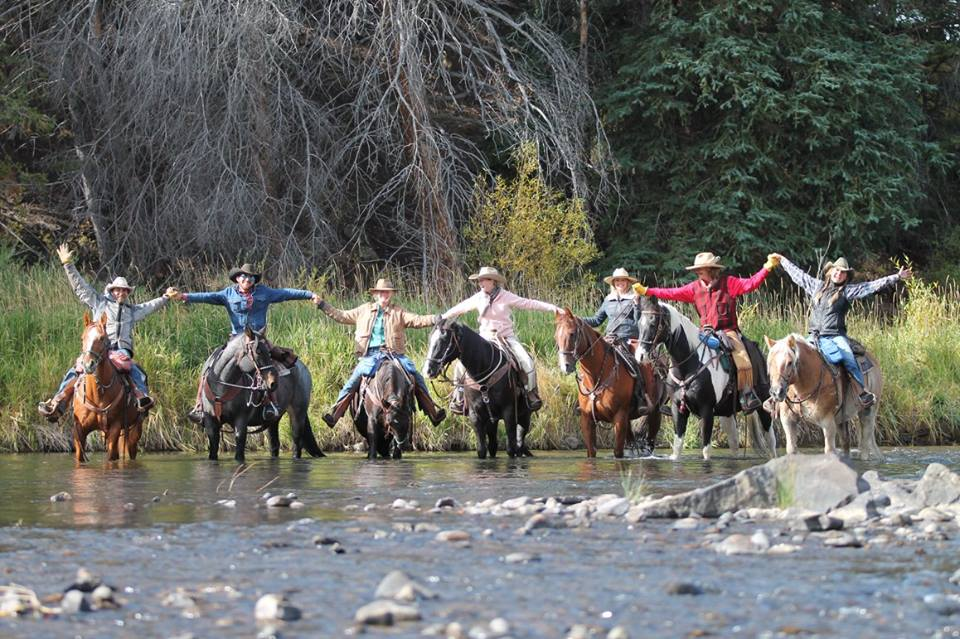 horse-riding-in-water.jpg