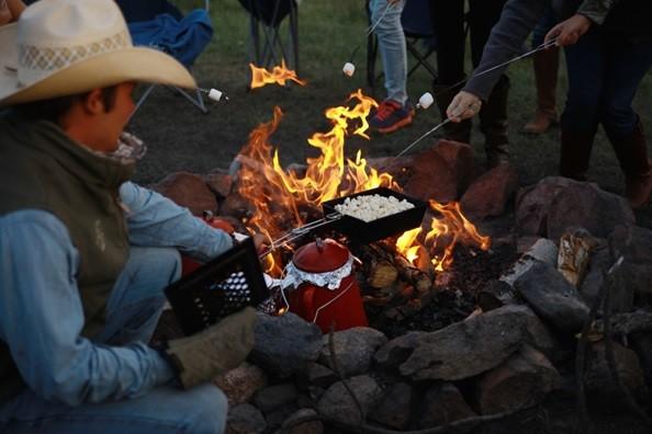 nighttime-campfire-elk-mountain.jpg