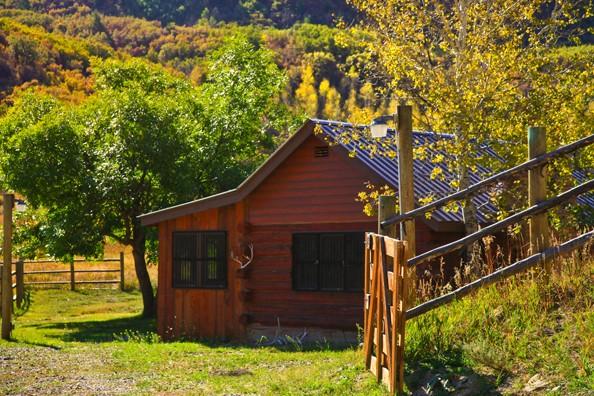 cabin-exterior.jpg