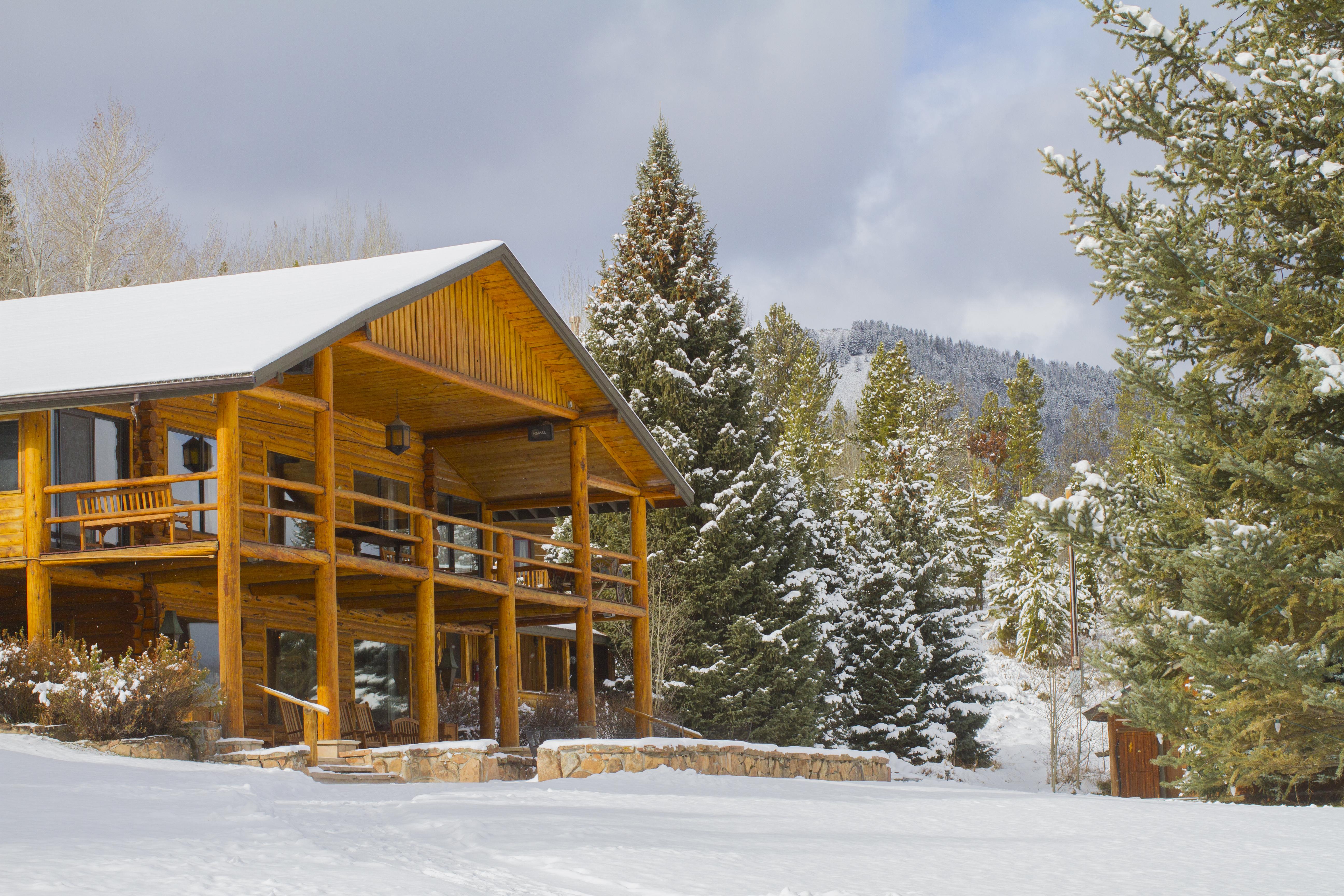 winter-lodge.jpg